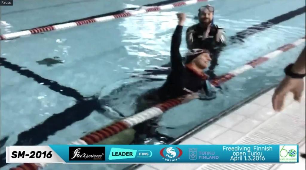 Magdalena Solich po ustanowieniu nowego rekordu Polski w DYN - 210 m